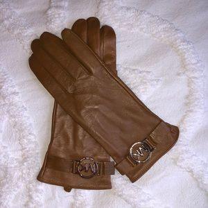 Michael Kors Leather Gloves NWOT